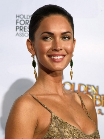 Megan Fox: Her sharp features are enhanced even more when she flashes her Foxy smile!