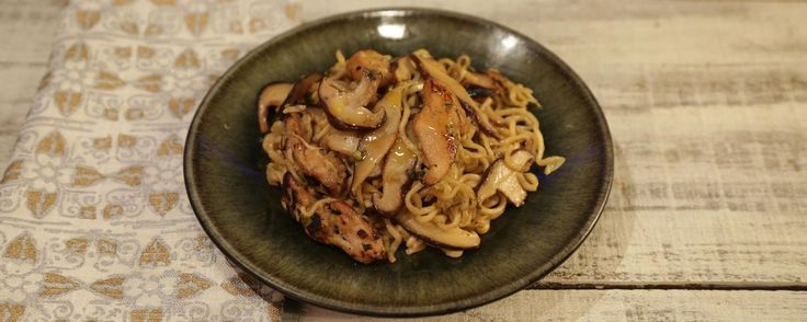 Chicken Lo Mein.  Try w/ lo mein noodles.