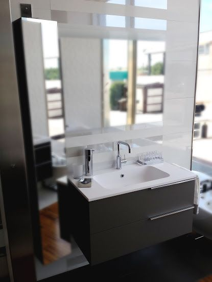 Oltre 25 fantastiche idee su cassetti del bagno su for Portasalviette di carta da bagno