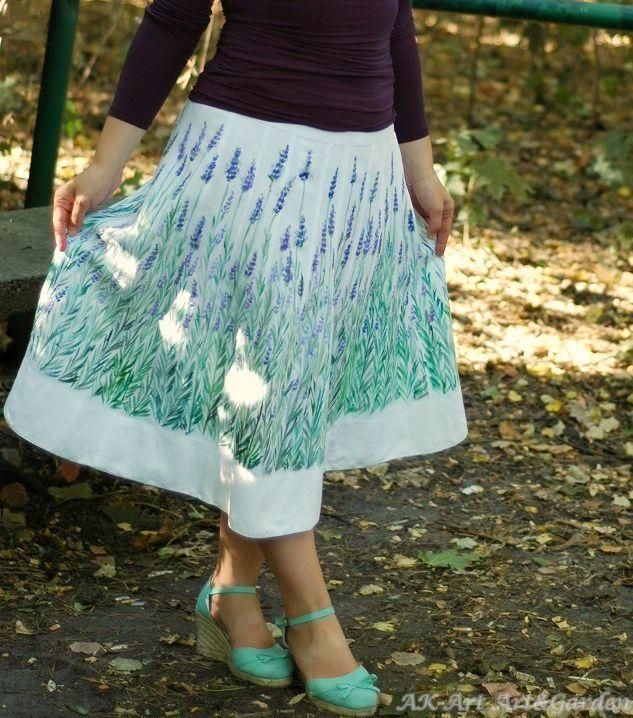 Ręcznie malowana spódnica w lawendę / Hand painted skirt with lavender