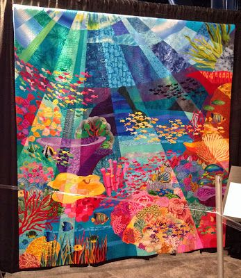Gorgeous underwater quilt - a perfect blend of two of my favourite things (quilting and snorkelling)!