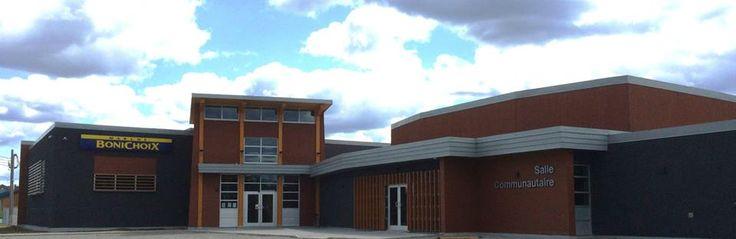 Centre commercial et communautaire, Lac Simon