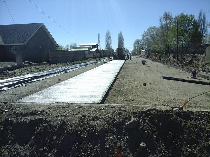 Avanzan significativamente los trabajos en la pavimentación con concreto hidráulico de la calle Octava entre calles 5 de Mayo e Independencia en la...