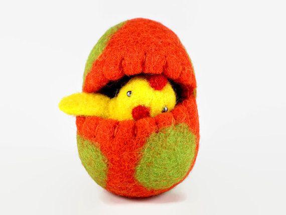 Easter Home Decor - Miniature Easter Chick in Wool Easter Egg - Felted Easter Decoration - Surprise Egg - Spring Home Decor