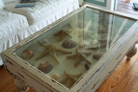 tipsaholic-glass-top-coffee-table-with-shells-inspire-reef