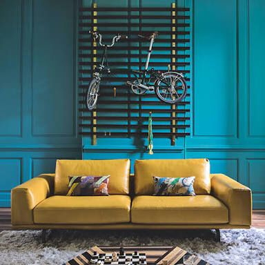 A bold colour combination creates a dramatic ambience in a room. This Yellow and Teal combination is a Diad and really pops with contrast.