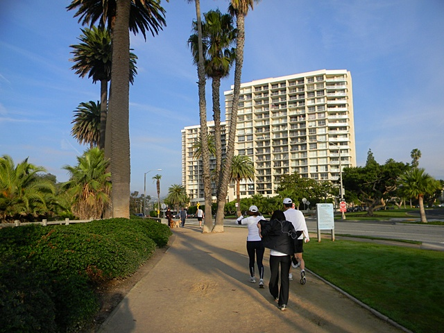 [Santa Monica] 2010.12.25 -Christmas morning- I am jogging.