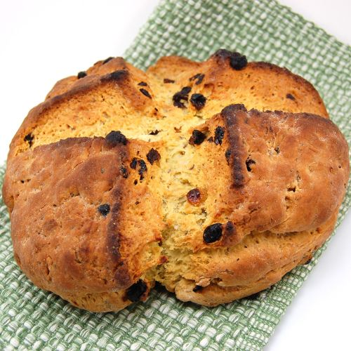 American soda-style bread with raisins and caraway seeds