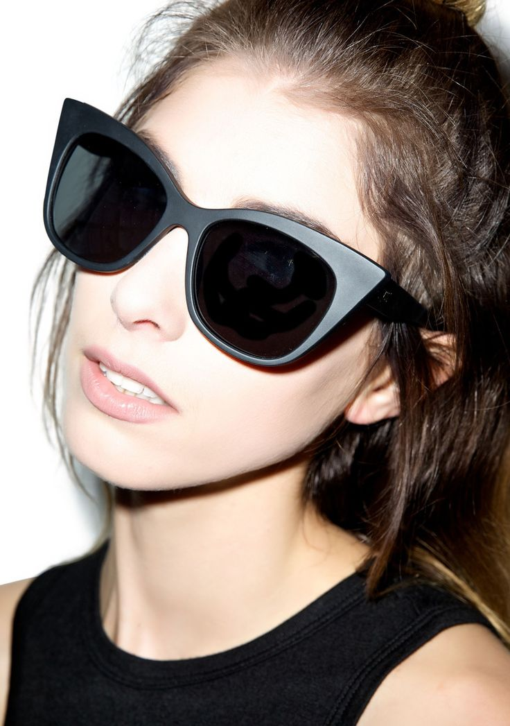Quay Eyewear Modern Love Sunglasses | Dolls Kill