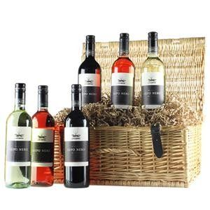 Socially Conveyed via WeLikedThis.co.uk - The UK's Finest Products -   Italian Selection 6 bottle Wine Hamper http://welikedthis.co.uk/italian-selection-6-bottle-wine-hamper