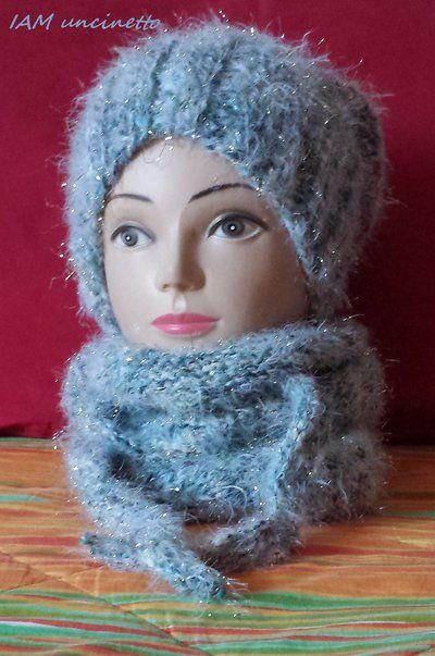 """NEVE"" berretto e sciarpa in misto lana ai ferri. Morbidissimi e luccicanti. ""SNOW"" Slouchy beanie & scarf shawlette. Wool knitting. Handmade. Made in Italy."
