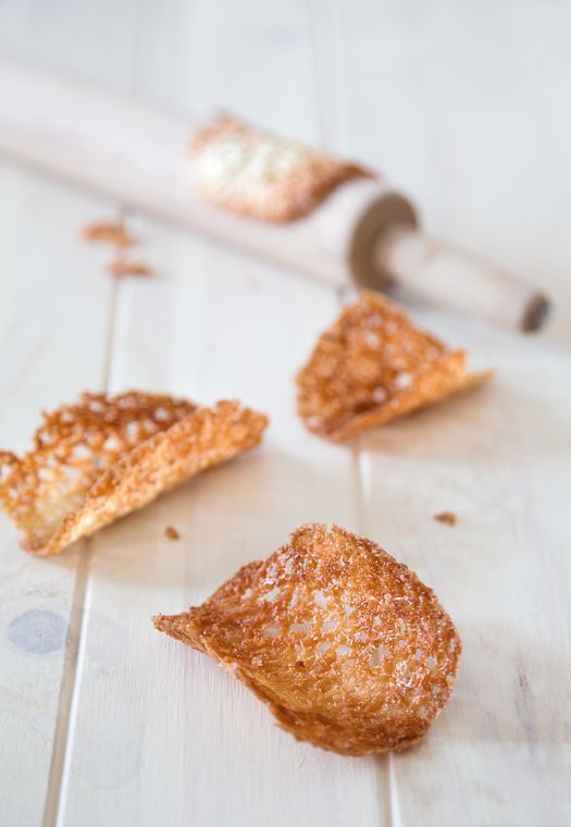 coconut tuile biscuits
