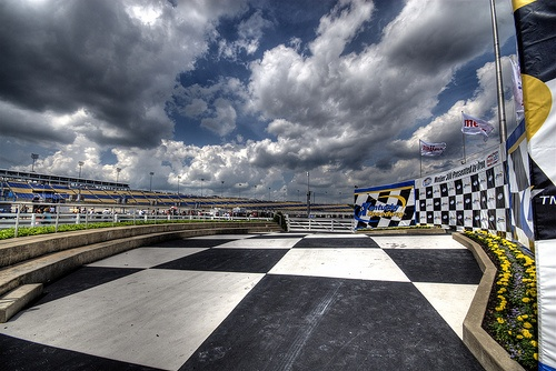 Kentucky Speedway's Winners Circle; Photo By: haglundc.