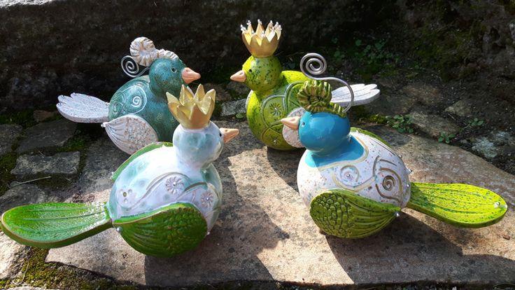 Gartenkugeln & -stelen - *Bestellware* Zaunkönig Keramik ,Gartenkeramik - ein Designerstück von Kerstin-Schwenk bei DaWanda