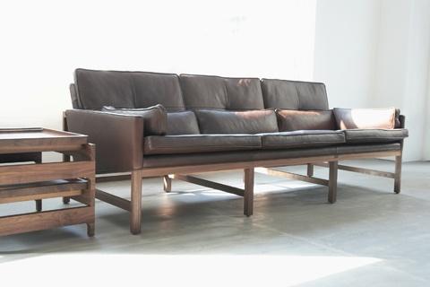 Living Edge_Leather Sofa by Bassam Fellows