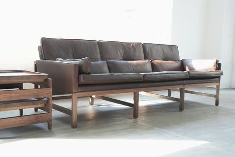 Living Edge_Leather Sofa by Bassam Fellows