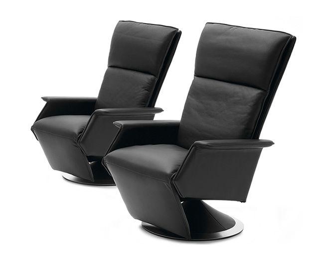 BERG ATO Motor chair CHAIR(小) コード式電動リクライニングチェア【BERG Furniture / ベルグファニチャー】の情報はリクルートが運営する家具サイト【タブルーム】でチェック!