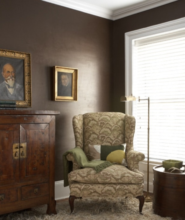 How To Apply The Best Bedroom Wall Colors To Bring Happy: Mink By Benjamin Moore - Dining Room Accent Wall