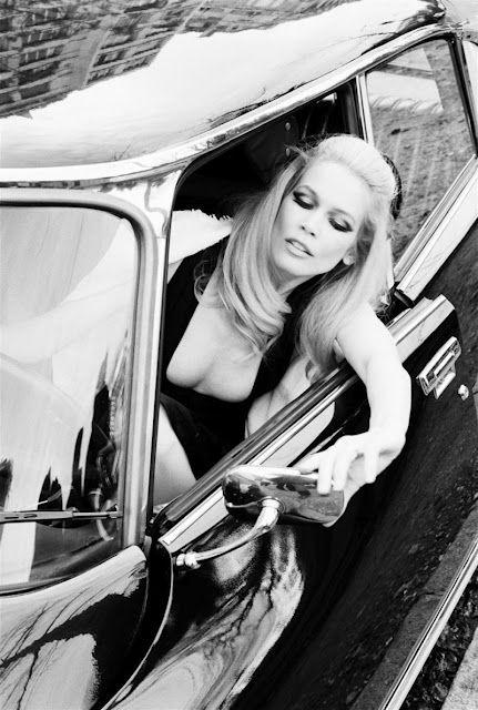 Claudia Schiffer  Photography by Ellen von Unwerth