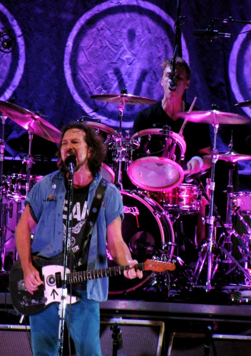 17 Best images about Pearl Jam on Pinterest | Pearl jam ...