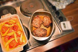 249 kalorier – Grillad fläskkarré med ungsbakade tomater och persika – 5:2 Diet Recept