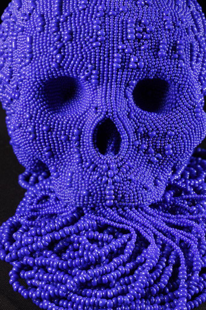 Beaded skull by Jum Skull. http://www.jim-skullgallery.com/