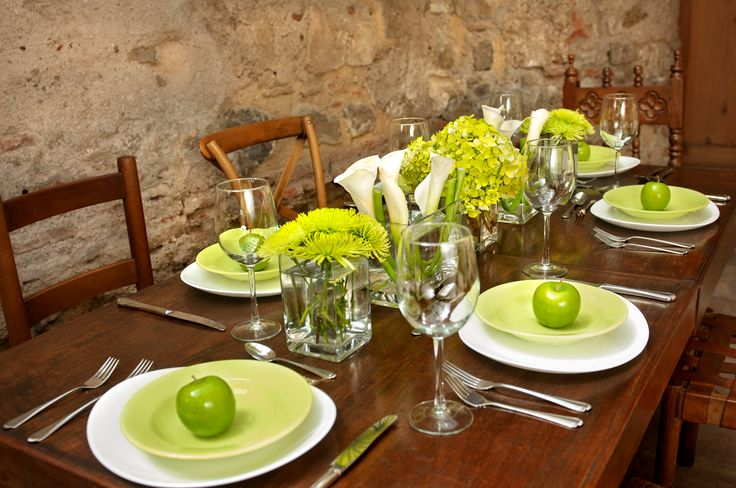 Table setting / centerpiece