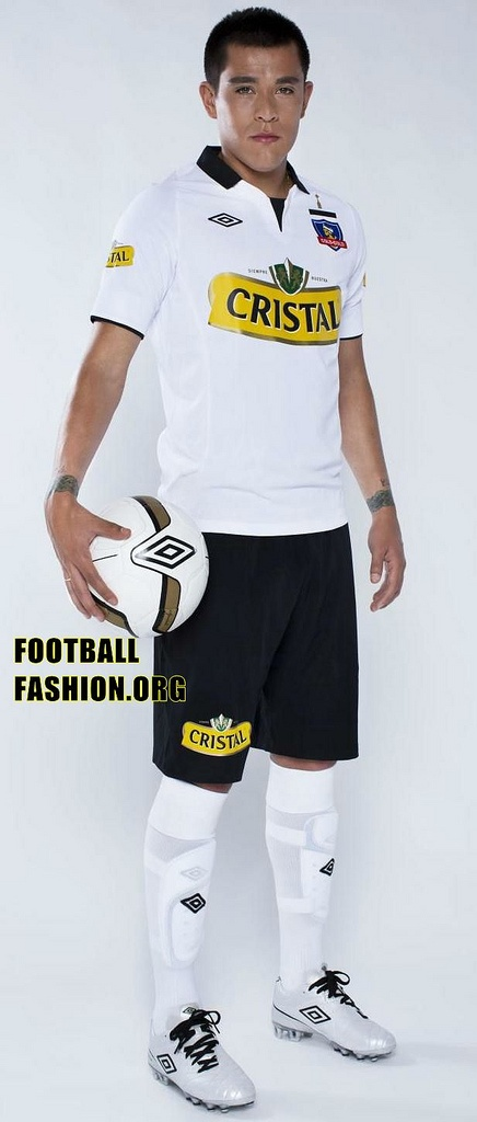 Colo-Colo 2013 Umbro Home and Away Jerseys