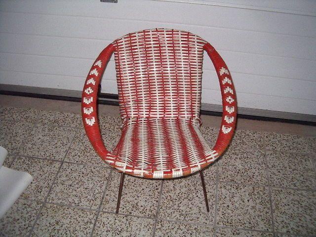 po et n pad na t ma fauteuil scoubidou na pinterestu 17. Black Bedroom Furniture Sets. Home Design Ideas