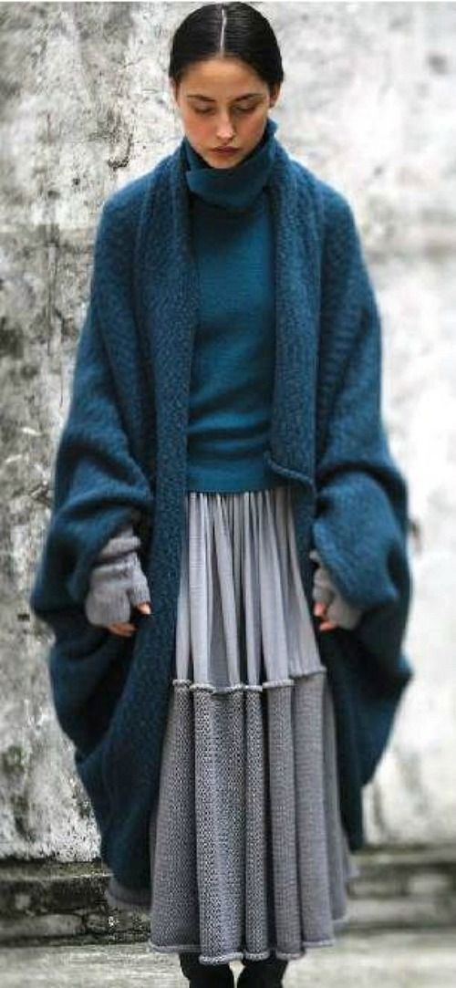I WOULD WEAR THAT EVERY DAY!!! It's like a blanket ....but a cardigan!!!