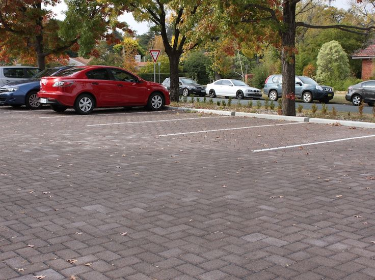 HydroSTON permeable concrete pavers used for a carpark at The Brassey Hotel of Canberra, Barton ACT, Australia.