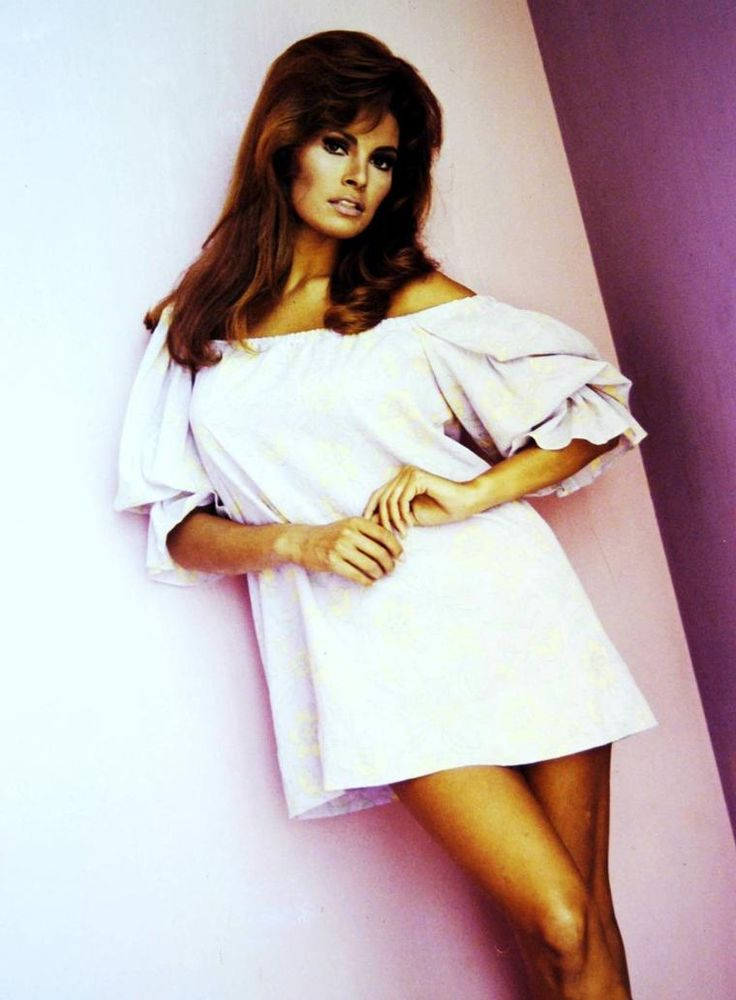 113 Best Raquel Welch Images On Pinterest Beautiful