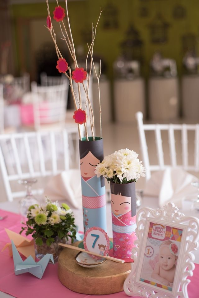 Audrey's Kokeshi Doll Themed Party – Table centerpiece