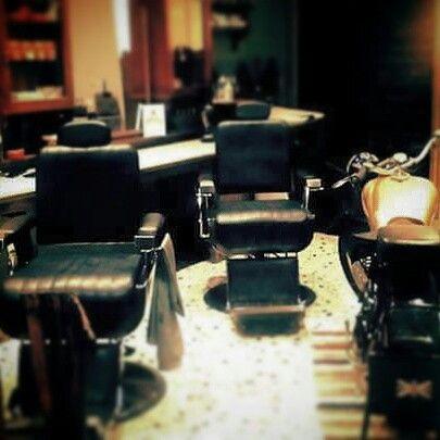 Bsa motor in barbershop
