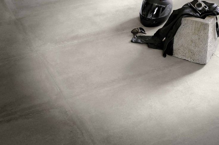 Carrelage beton ciment gris grand format 60x1202 pour le for Carrelage grand carreaux gris