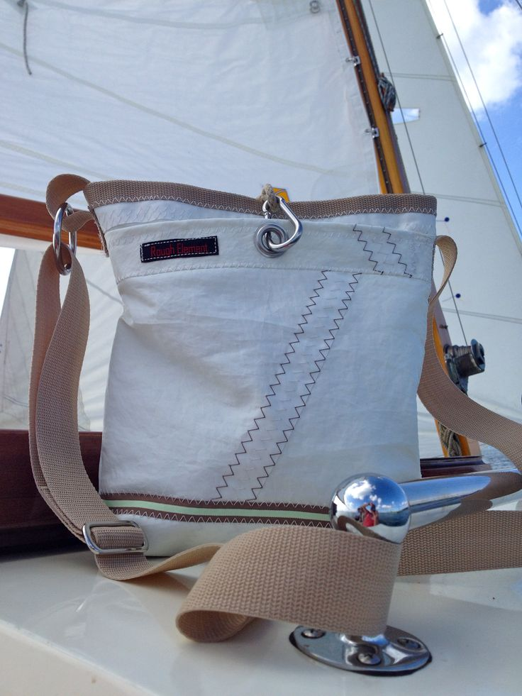 Rough Element bag made of recycled/upcycled sailcloth. let´s go sailing!