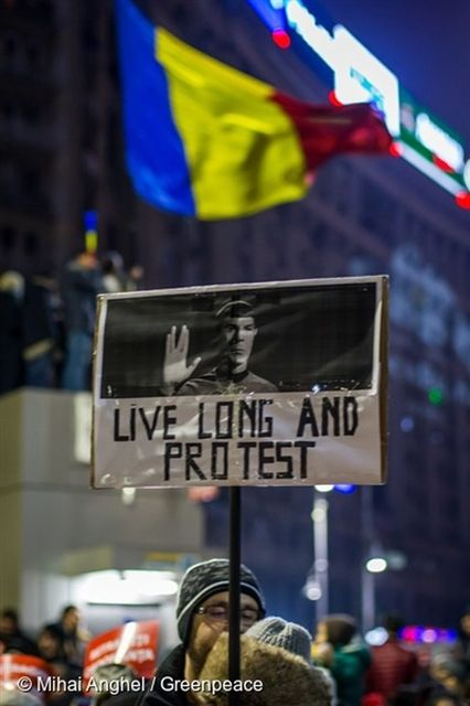 'Live long and protest'. 03/02/2017 © Mihai Anghel / Greenpeace