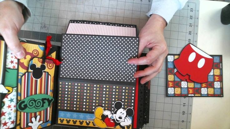 Disney Scrapbook 8 x 8 Interactive Album