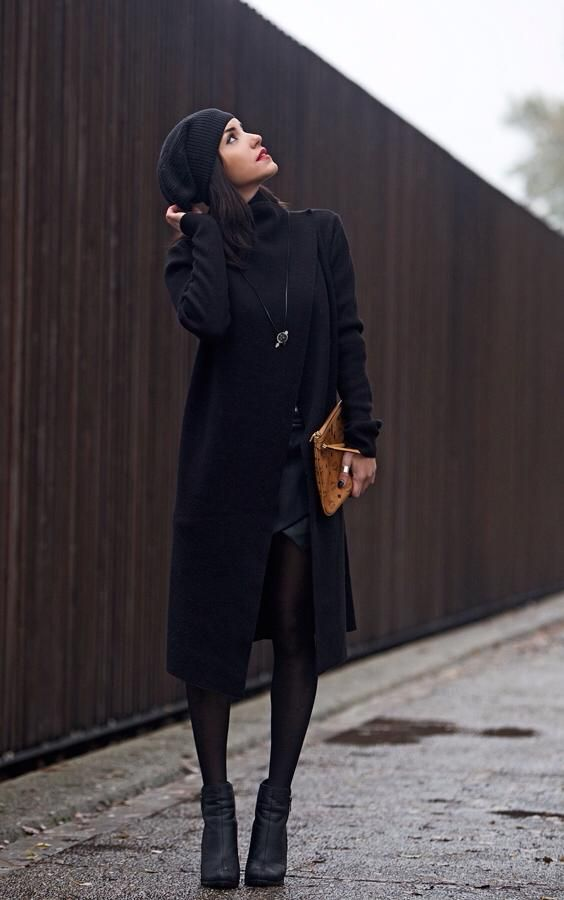 Long black asymmetric layer by Tailor Made knitwear.   #black #festive #outfit #streetstyle #layering #chic #instore #Omberon
