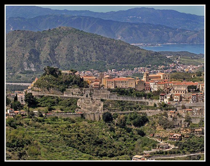 C A S T R O R E A L E - Castroreale, Messina