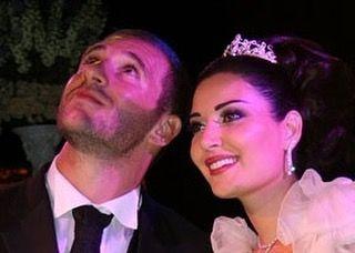 ما في داعي ادور ع القمر لان القمر حدك #cyrineanour #cyrineabdelnour #beauty #fashionista #lebanon #lebanese#سيرين_عبد_النور #سيرين_عبدالنور #موضه #اناقة #elegant #moda #shoes #sunglasses #haircut #haircolor #makeup #hairstyle #bags#jewlery#princess#earing#smile #lipstick#silfe#hats#photoshoot#diva #black #fashionicon