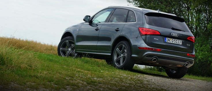 Audi Q5 3.0 TFSI S-line in Daytona Grey Metallic by Audi Exclusive