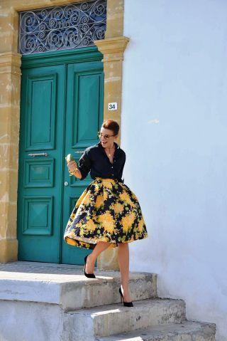 Follow Rent a Stylist http://www.pinterest.com/rentastylist/ Look by Ramona Filip #vfbestdressed http://vnty.fr/1f7vQ8H