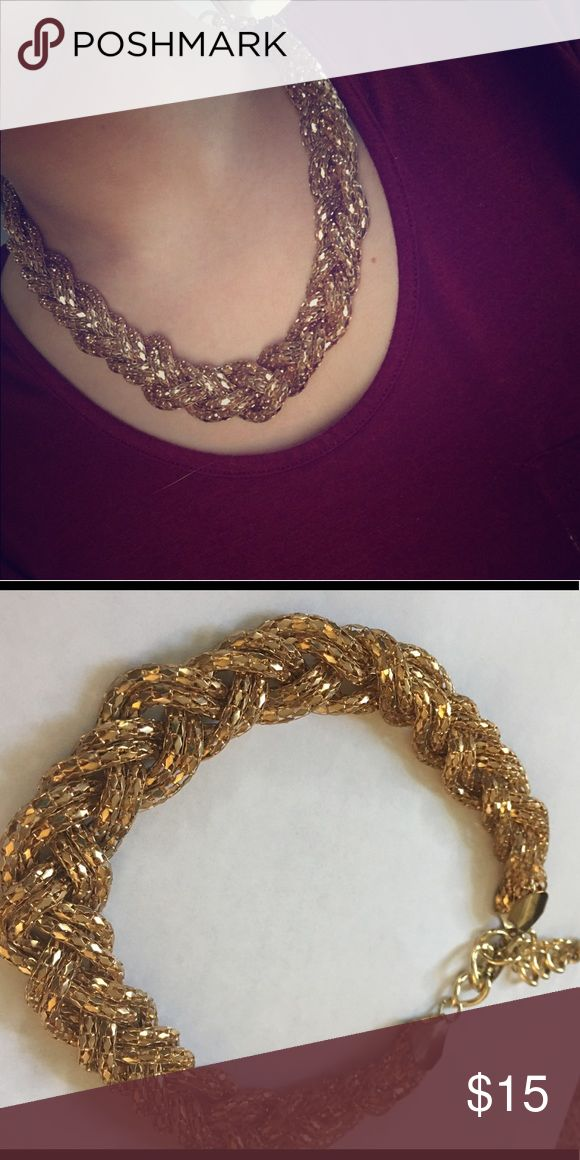 Chunky gold necklace Beautiful gold colored chunky necklace from Express. Adjustable and overall good condition. Worn a few times. Express Jewelry Necklaces