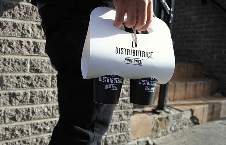 Practical coffee carrier at La Distributrice.