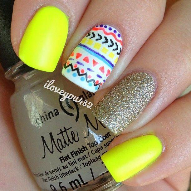 Uñas amarillo neon - Yellow neon nails