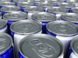¿Son peligrosas las bebidas energizantes?