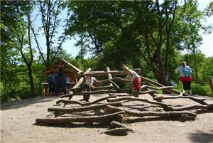 Kidsproof Almere - Staatsbosbeheer Almere / Zuiderzeespeelbos #speeltuin #natuurlijk