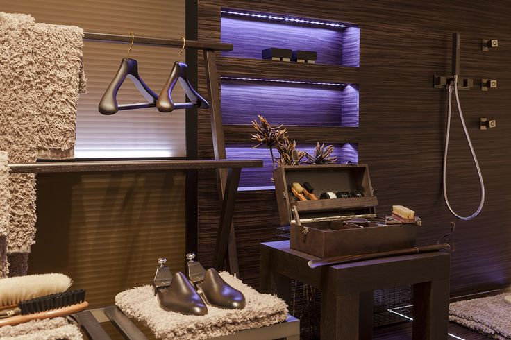 Our Marcello wooden hanger featured at Gessi showroom by ph. Paolo Bellon Toscanini Interior Collection