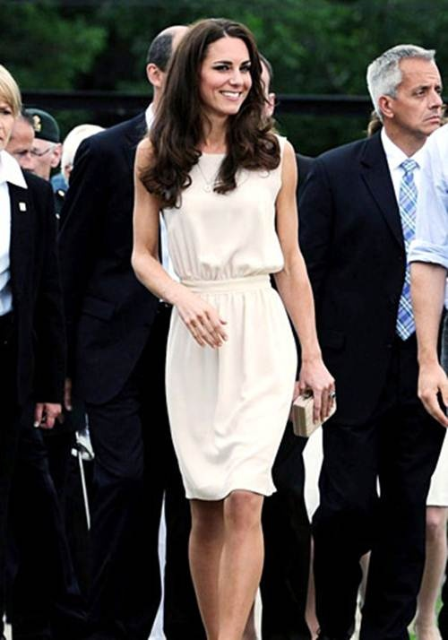 Kate Middleton Dress Canal Joseph 'Vanessa'.   love this look.